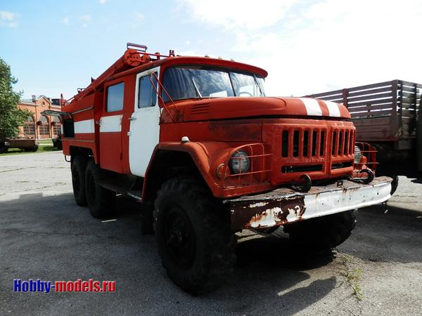 ZiL-131 fire truck