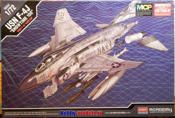 Academy 1/72 F-4J Phantom II